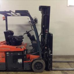 Used 3 Wheel Toyota Forklift